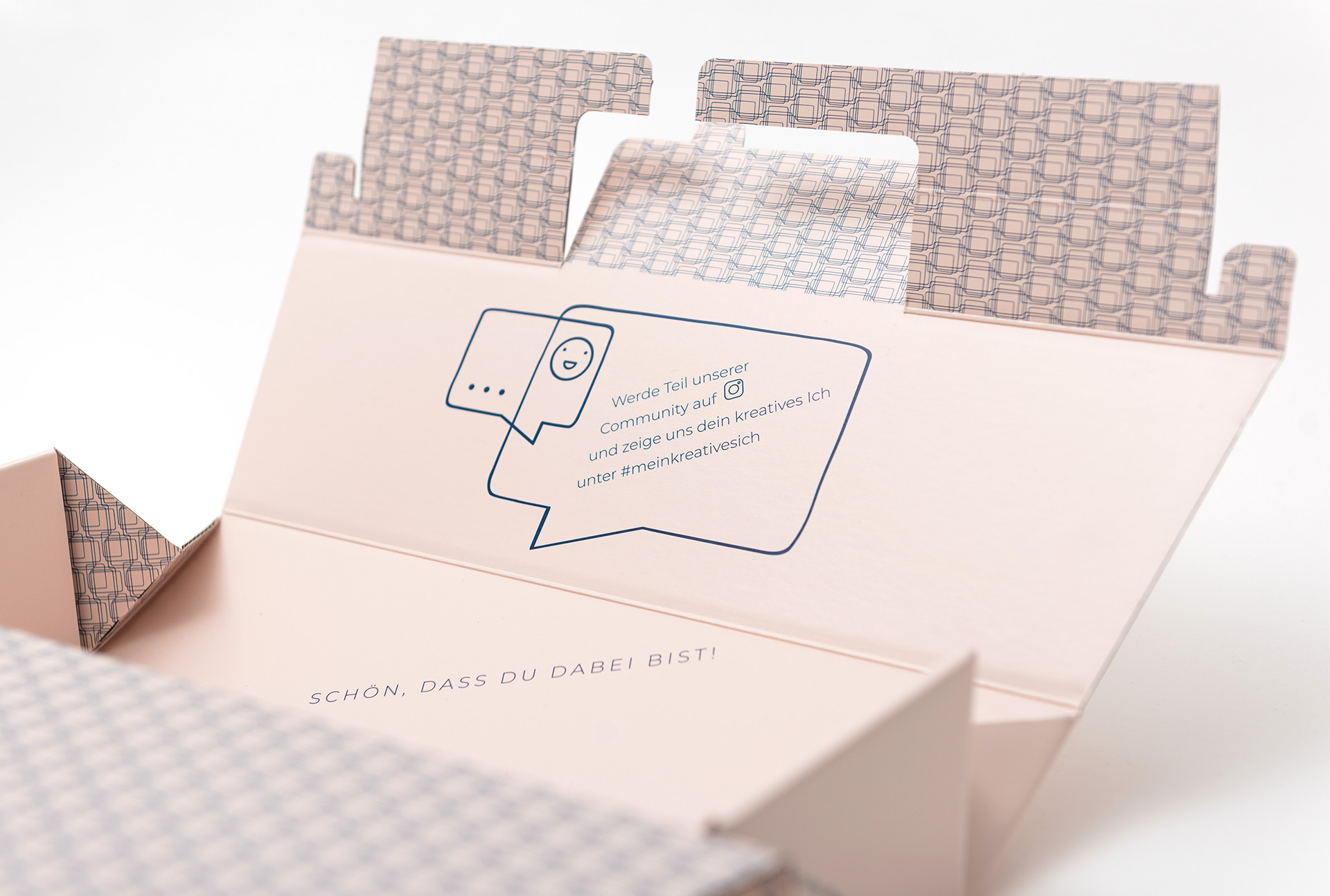 Craftzaloon Packaging for Community